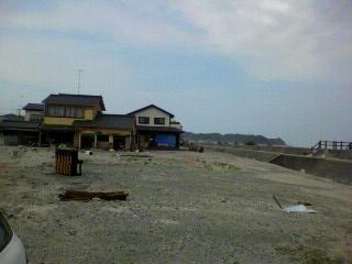 浜のピアノ.JPG